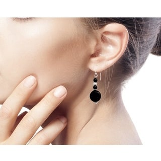 Sterling Silver 'Midnight Kisses' Onyx Pearl Earrings (5.5 mm) (India)