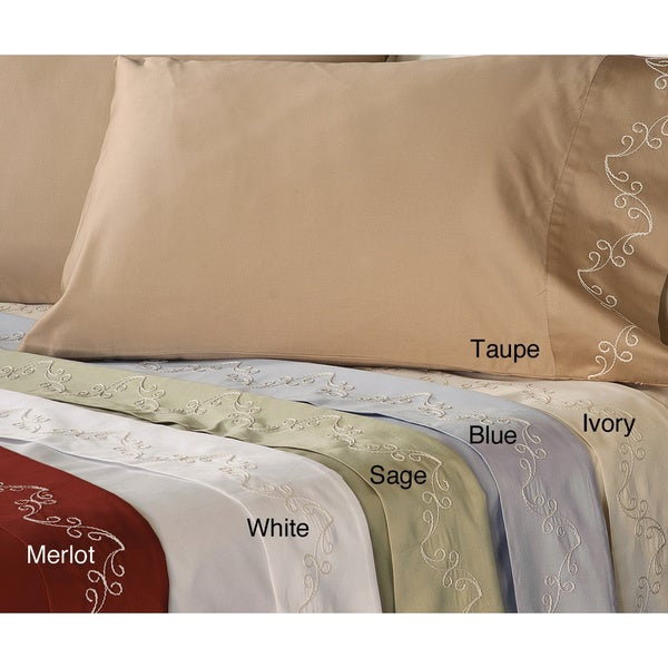 Grand Luxe Egyptian Cotton Sateen 500 Thread Count Scroll Pillowcases (Set of 2)