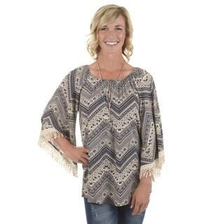Journee Collection Women's Printed Crochet Top