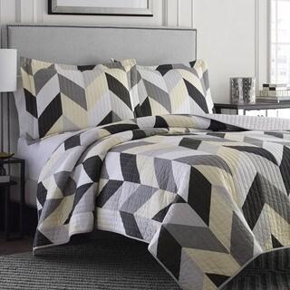 Adrienne Vittidini Mayes 3-piece Quilt Set