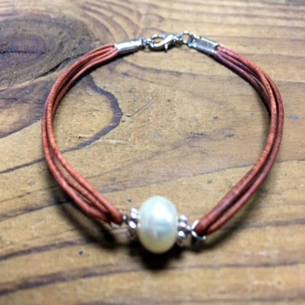 Solo Leather Bracelet