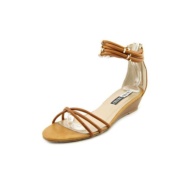 XOXO Women's 'Donna' Faux Leather Sandals