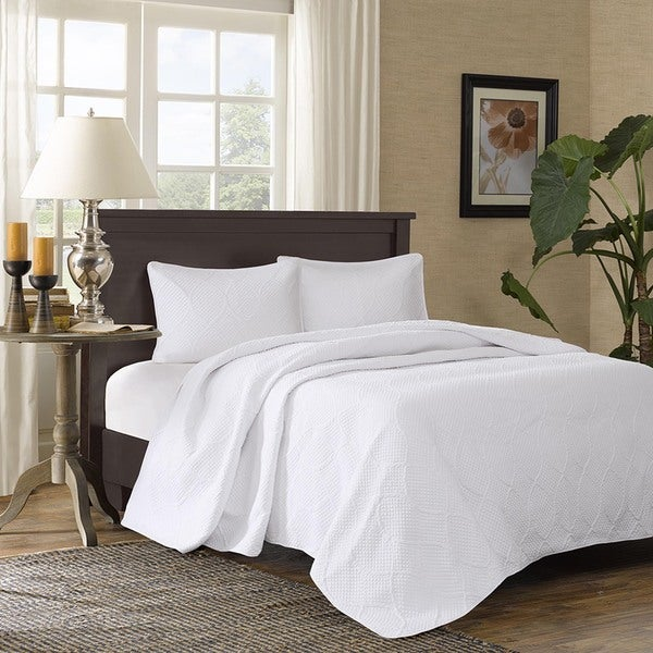 Madison Park Adelle White Bedspread Set