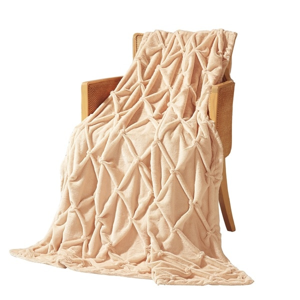 Anna Ricci PV Plush Soft Handicraft Throw