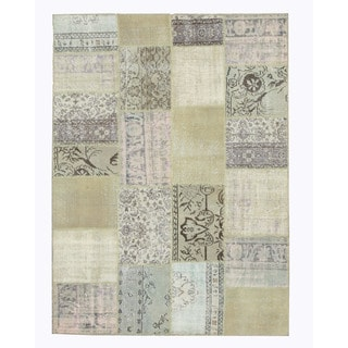EORC Hand Knotted Wool Multi Turkish Patch Rug (5'9 x 8'2)