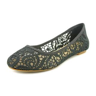 Lucky Brand Women's 'Eartha' Basic Textile Casual Shoes
