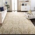 Safavieh Evoke Ivory/ Gold Rug (6'7 x 9')