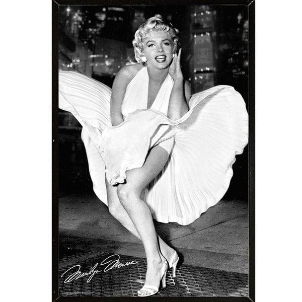 Marilyn Monroe Wall Plaque (24 x 36)