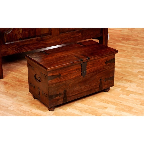 Thakat Small Blanket Box