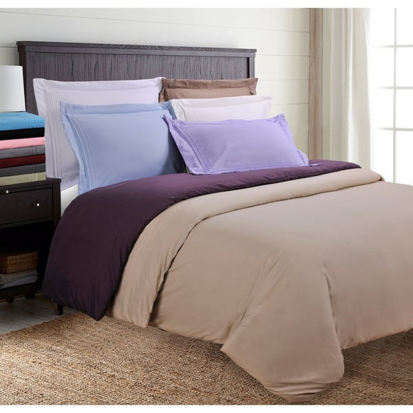 Wrinkle Resistant Embroidered 3-line Full/ Queen Size Duvet Cover Set in Burgundy (As Is Item)