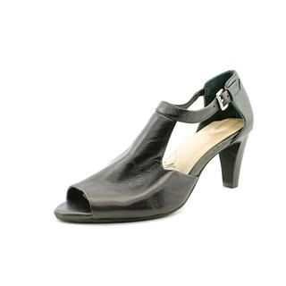 Giani Bernini Women's 'Gertee' Leather Sandals