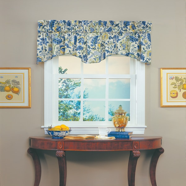 Imperial Dress Valance