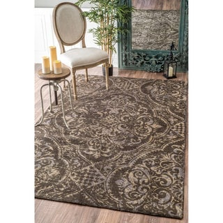 nuLOOM Handmade Country Floral Centerpiece Wool Brown Rug (7'6 x 9'6)
