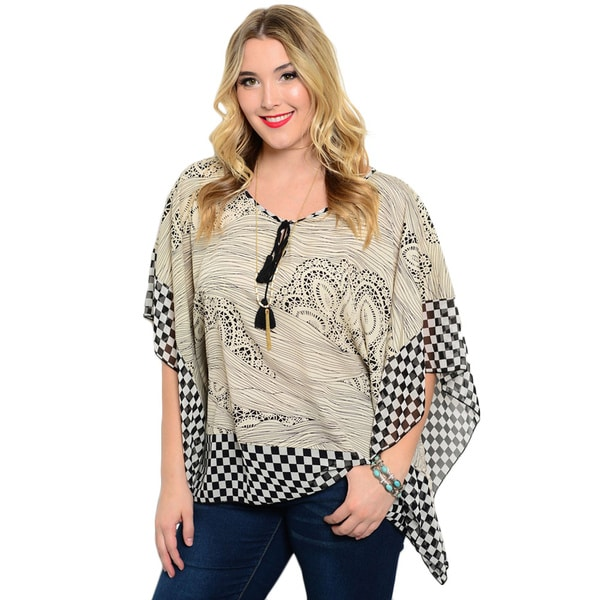 Shop the Trends Women's Plus Size Abstract Checkered Print 3/4 Batwing Sleeve Woven Top