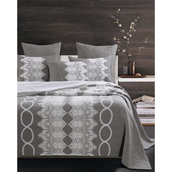 Chantilly Lace White and Grey 3-piece Quilt Set