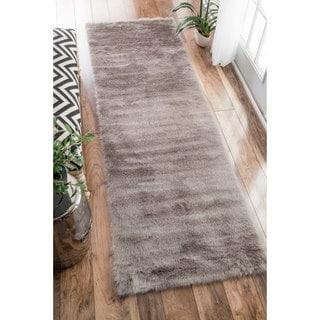 nuLOOM Cozy Soft and Plush Faux Sheepskin Shag Kids Nursery Grey Runner Rug (2'6 x 8')