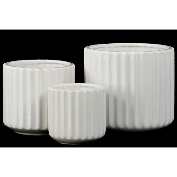 Porcelain Gloss Finish White Short Round Corrugated Flower Vases with Tapered Bottom (Set of Three)