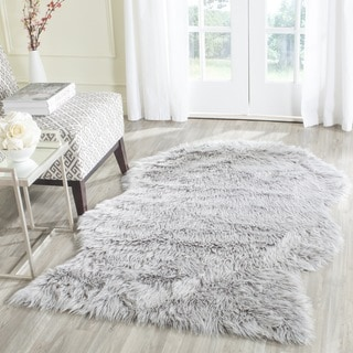Safavieh Handmade Faux Sheep Skin Light Grey Acrylic Rug (2' x 3')