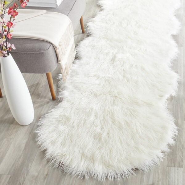 Safavieh Handmade Faux Sheep Skin Ivory Acrylic Rug (2'6 x 6')