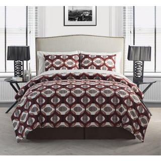 VCNY Niobe Red 8-piece Bed in a Bag with Sheet Set