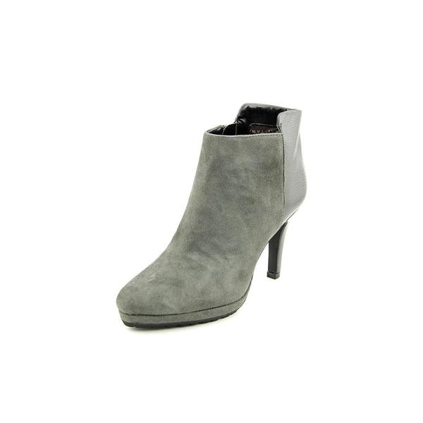 Tahari Women's 'Gordon' Regular Suede Boots