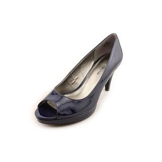 Bandolino Women's 'Mylah' Patent Dress Shoes