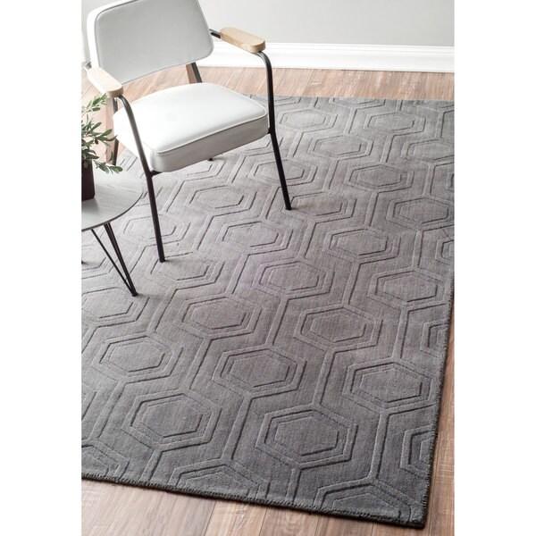 nuLOOM Handmade Carved Hexagon Wool Grey Rug (8'6 x 11'6)