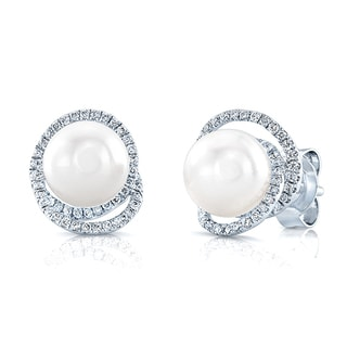 14k White Gold 1/4ct TDW Diamond and Freshwater Pearl Earrings (H-I, VS1-VS2)