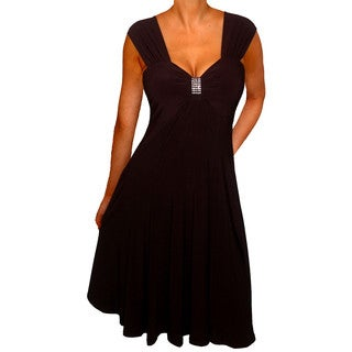 Women's Plus Size Slimming Black Sleeveless Empire Waist Cocktail Dress