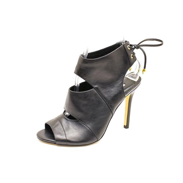 Guess Women's 'Ollay' Leather Dress Shoes