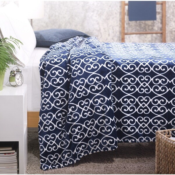 Lorraine Queen Super Soft Flannel Blankets