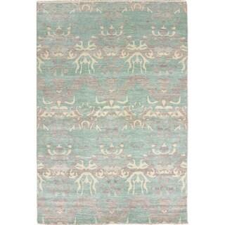 Ikat Nazanin Green Hand-knotted Rug, (6'8 x 9'10)