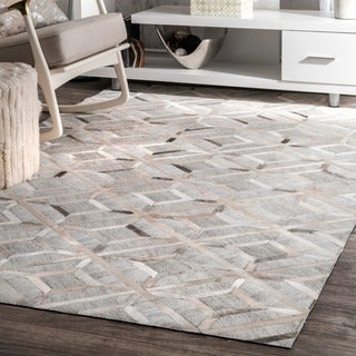 nuLOOM Handmade Modern Overlapping Geometric Leather/ Viscose Grey Rug (8' x 10')