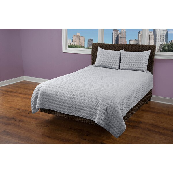 Rizzy Home Urban Light Grey Quilt