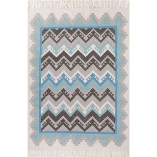 Indoor/Outdoor Tribal Pattern Blue/Gray Polyester Area Rug (5' x 8')