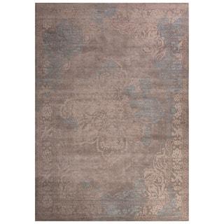 Classic Oriental Pattern Gray/Ivory Polypropylene Area Rug (5' x 7'6)