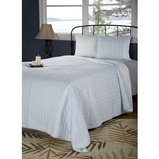 Rizzy Home Gracie Blue Quilt