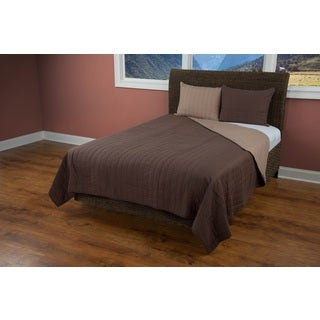 Rizzy Home Gracie Brown Quilt