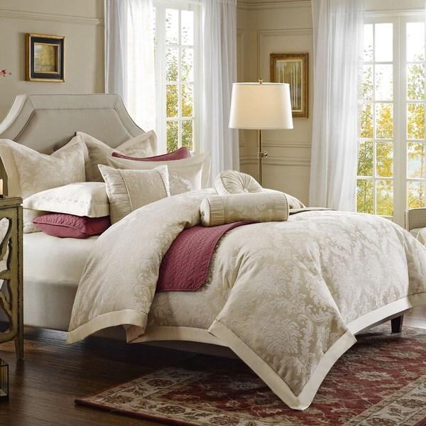 Hampton Hill Candlelight Comforter Set