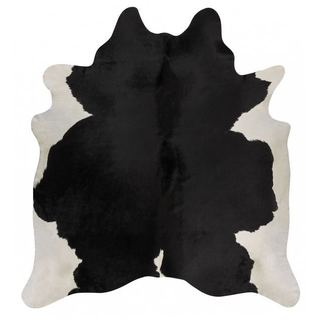 Andes Black/White Cowhide Rug (4'4 x 6'6)