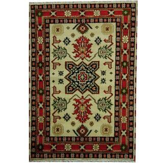 Herat Oriental Indo Hand-knotted Tribal Kazak Ivory/ Salmon Wool Rug (4'2 x 6')
