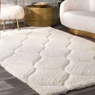 nuLOOM Handmade Trellis Soft and Plush Solid White Shag Rug (4' x 6')