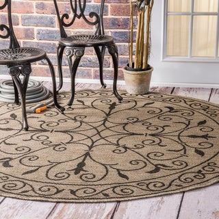 nuLOOM Wrought Iron Flourish Indoor/ Outdoor Brown Porch Rug (6'3 Round)