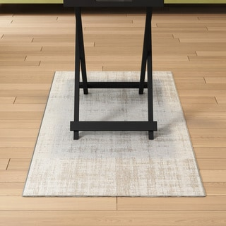 Meticulously Woven Dolorosa Rug (2' x 3'7)