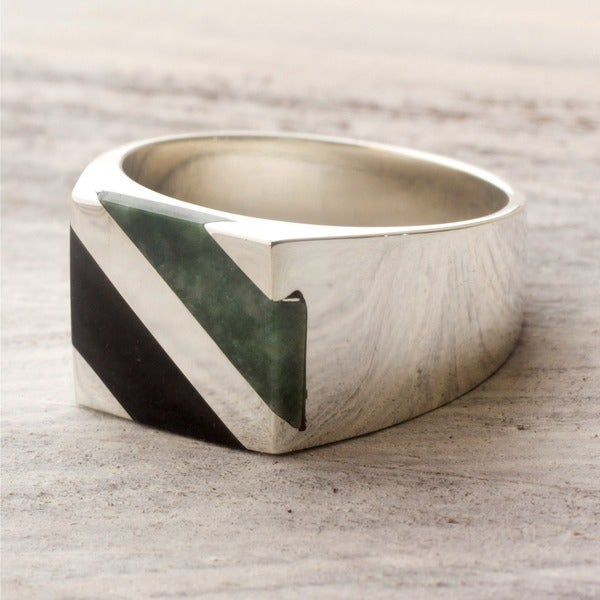 Men's Sterling Silver 'Lord of the Land' Jade Ring (Guatemala) Size 11 (As Is Item)
