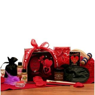The Game of Love' Romantic Couples Gift Set