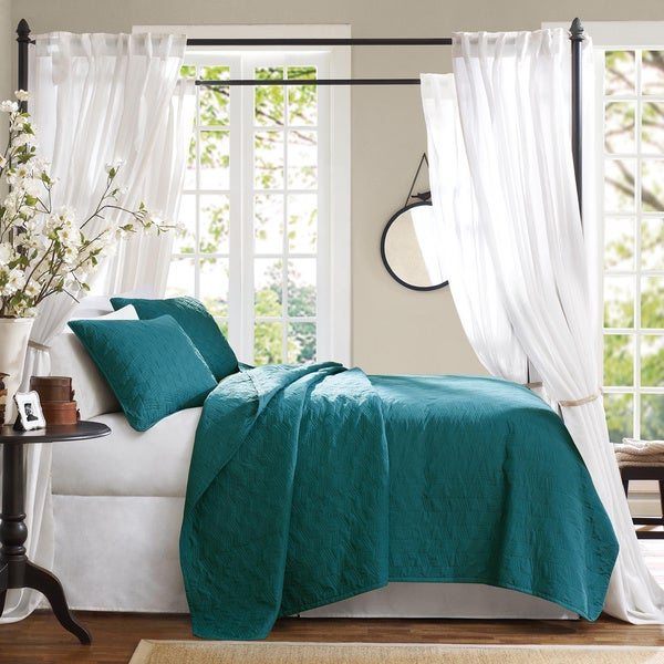 Hampton Hill Bennett Place Velvet Touch Peacock Color Coverlet Set