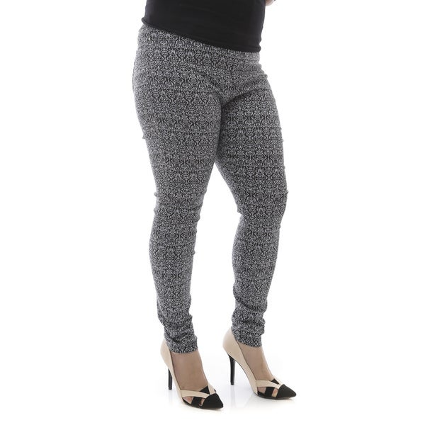 Soho Apparel Plus Size Paisley Print Millennium Pull On Pants