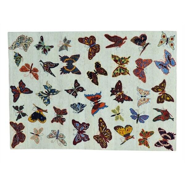 Butterflies of The Amazonas Wool Handmade Oriental Rug (5'7 x 8')