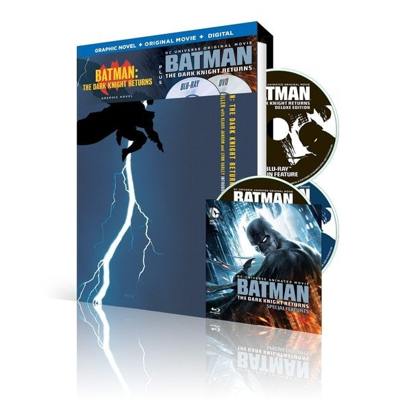 Batman: The Dark Knight Returns w/Batman: The Dark Knight Returns Graphic Novel (Blu-ray Disc) 17205905